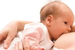 Wody mineralne a ciąża i okres karmienia piersią