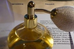 """Magiczne aromaty """"Dr.Nona"""" oraz kilka praktycznych porad stosowania perfum"""